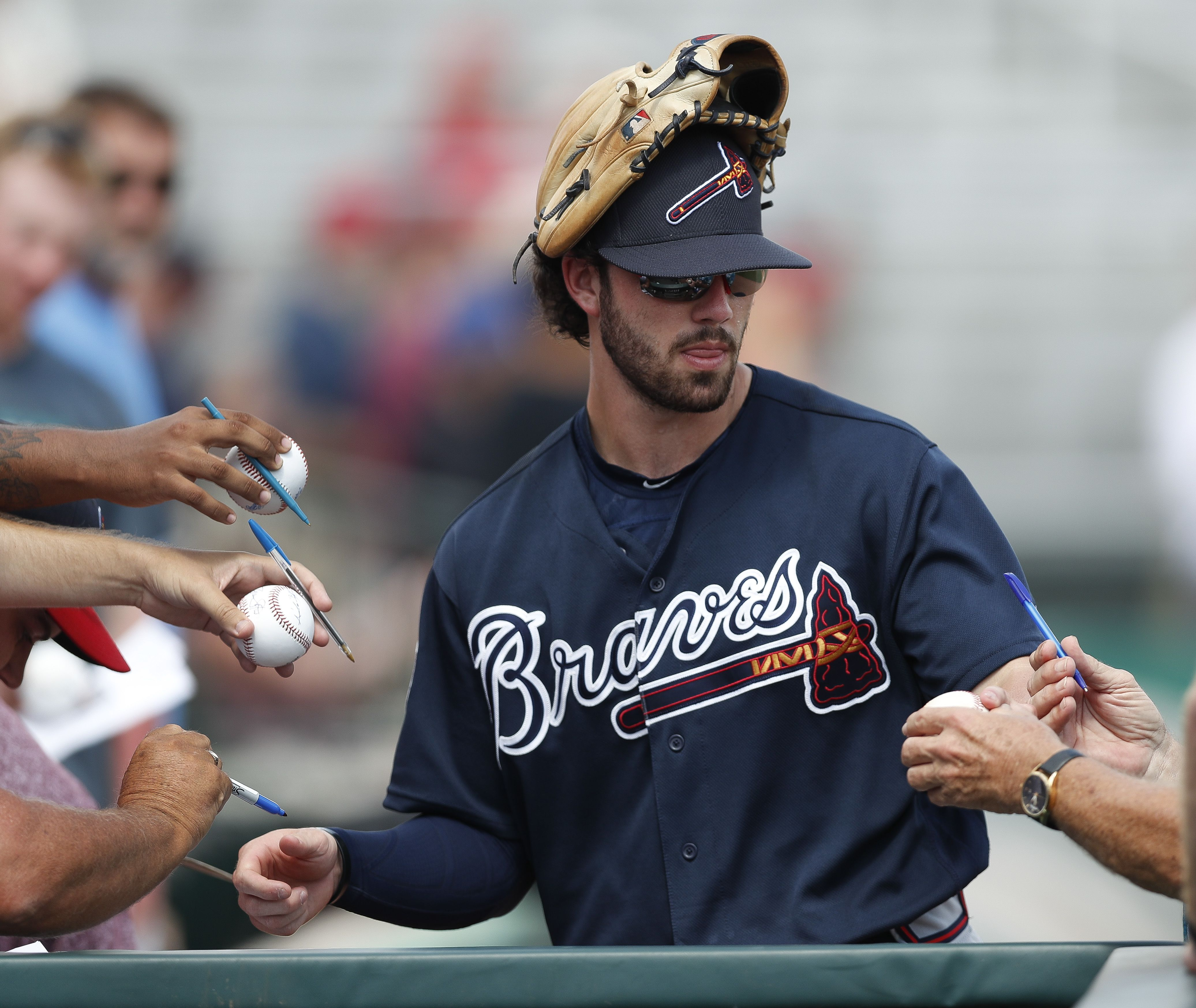 Atlanta Braves Shortstop Dansby Swanson Signs Autographs Before A Spring Training Baseball Game Agai Atlanta Braves Dansby Swanson Baseball Jersey Outfit Women
