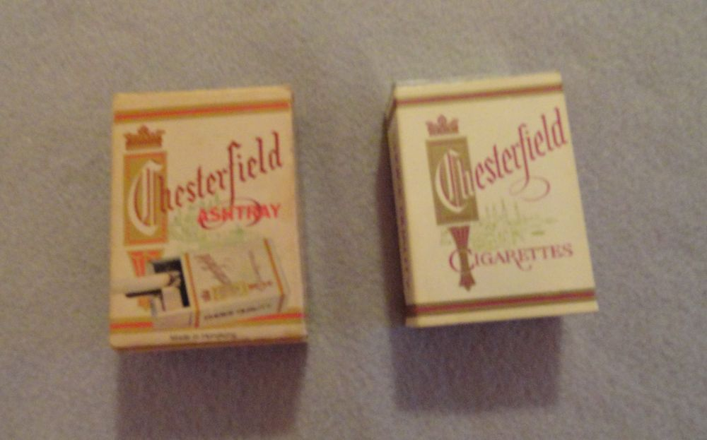 Vintage 1970s Chesterfield Cigarettes Portable Ash Tray With