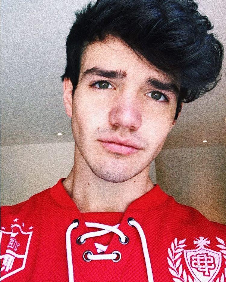 Aaron Carpenter Instagram Story 1-10 March 2017 - YouTube   Aaron Carpenter Selfie