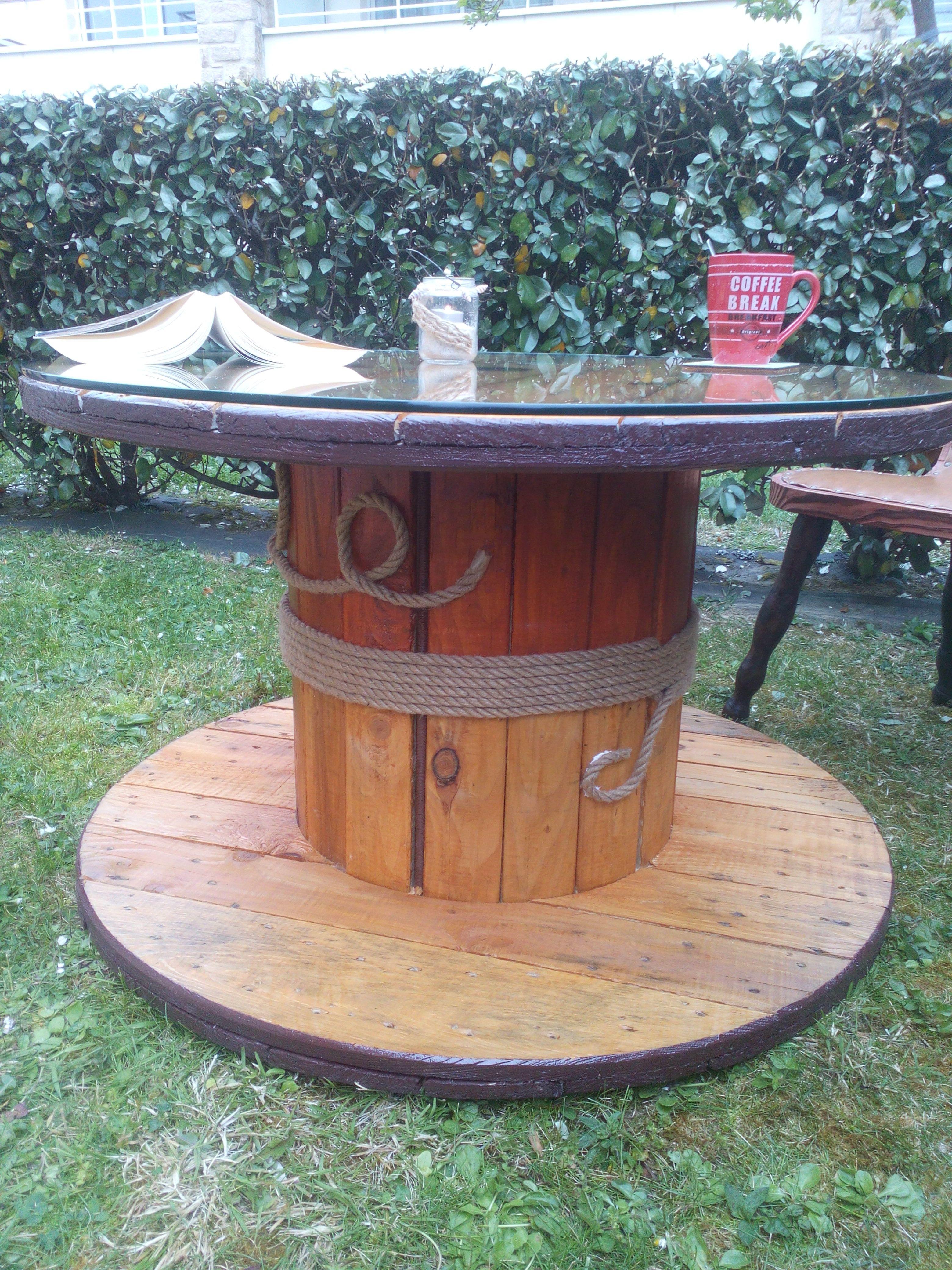 touret 2 r nov table basse r versible bobine diy. Black Bedroom Furniture Sets. Home Design Ideas