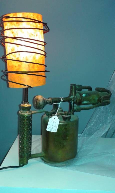 Ancien Chalumeau D Atelier En Cuivre De Marque Vesta Br Transforme En Lampe Br Possibilite De Changer La Couleur Du Papier Polyp Lampe Bocal Lamp Chalumeau