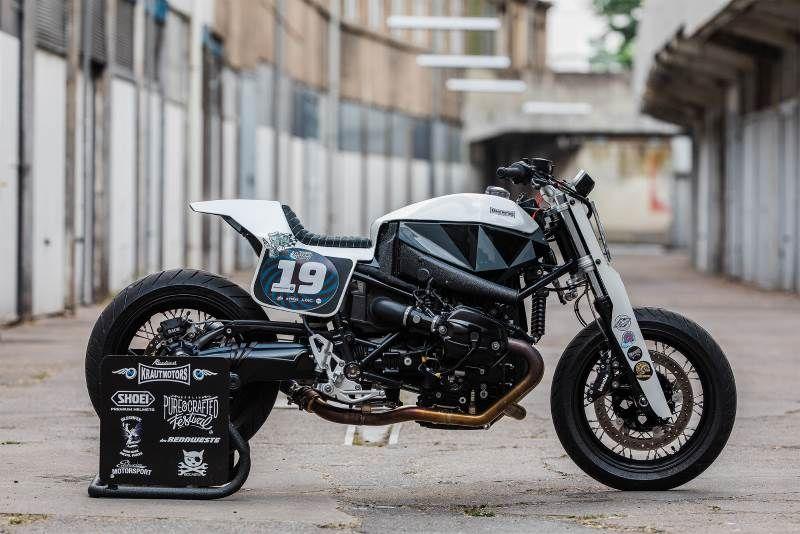 Umgebautes Motorrad BMW R nineT von Motorradland