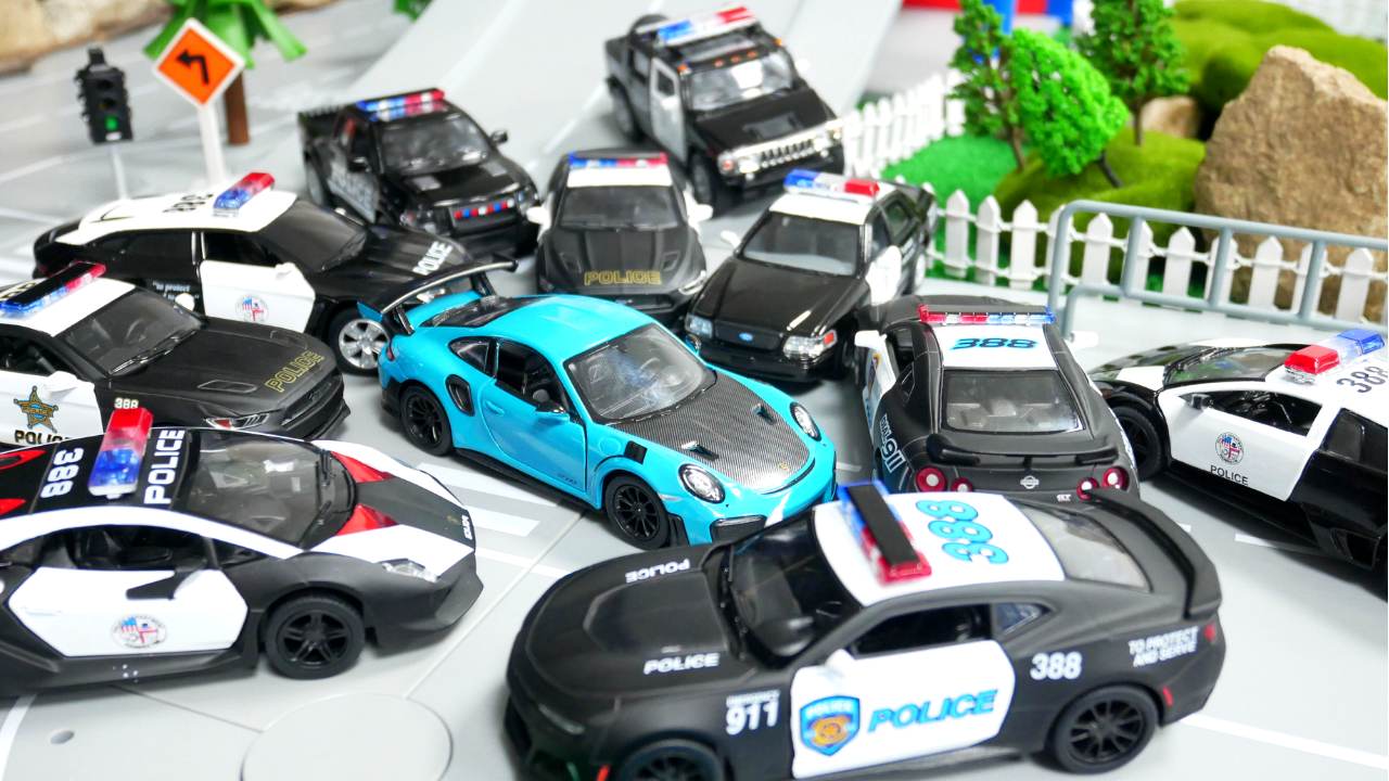Police Car Toys Chase Video In 2021 Police Cars Toy Car 2015 Mustang Gt