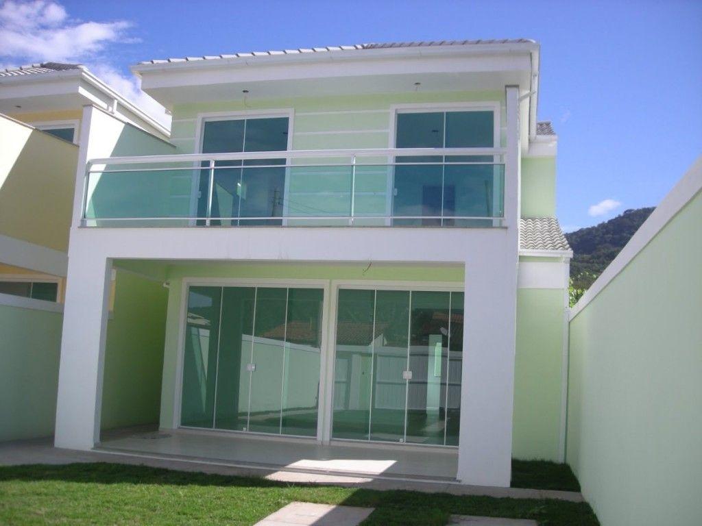 Frente Da Casa Com Portas E Janelas De Vidro Com Imagens