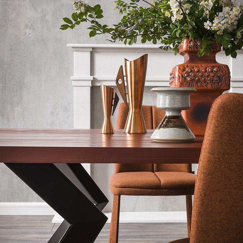 Table design extensible en mélaminé et métal - Mix Tables, Metals