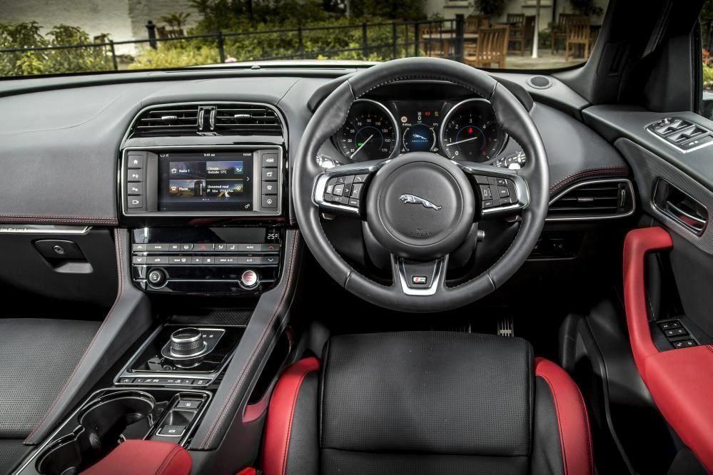 Bathroom Interior Xpander In 2020 Jaguar Suv Interior Jaguar Best Luxury Cars