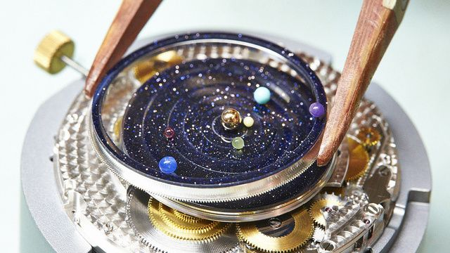 A Watch That Puts An Entire Planetarium On Your Wrist Solar System Watch Astronomical Watch Van Cleef And Arpels