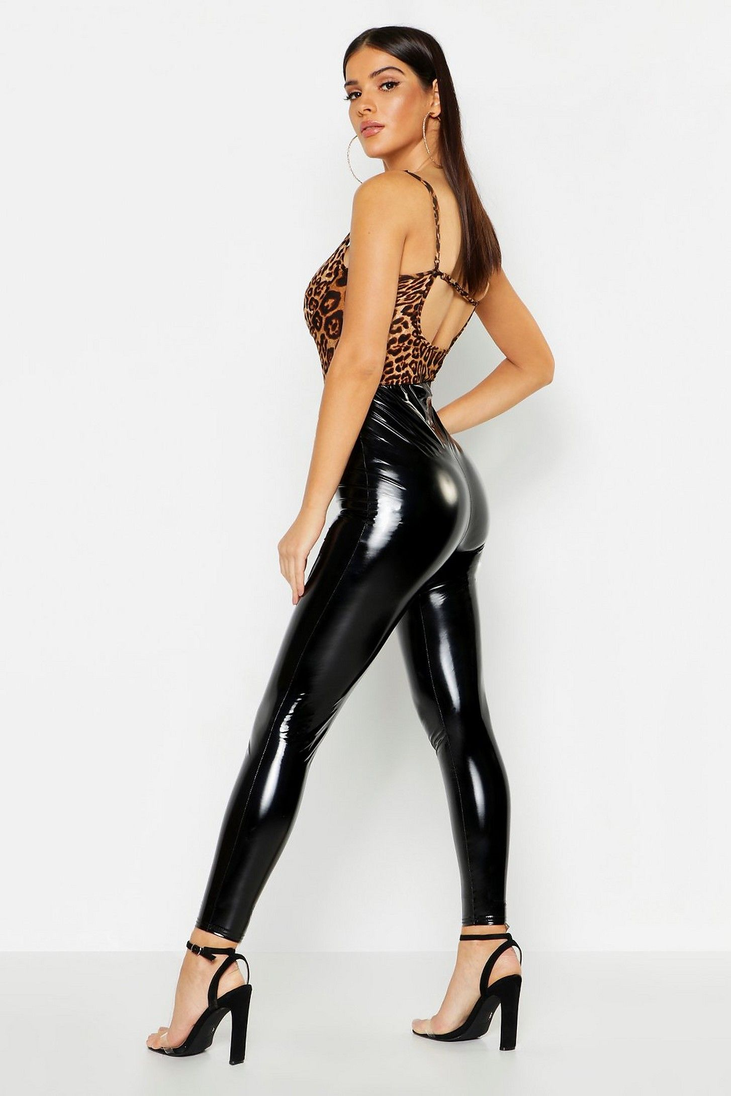 ca049a51f1c0 High Waist Vinyl Leggings Vinyl Leggings, Boohoo, Leather Pants, Outfits,  Fashion,
