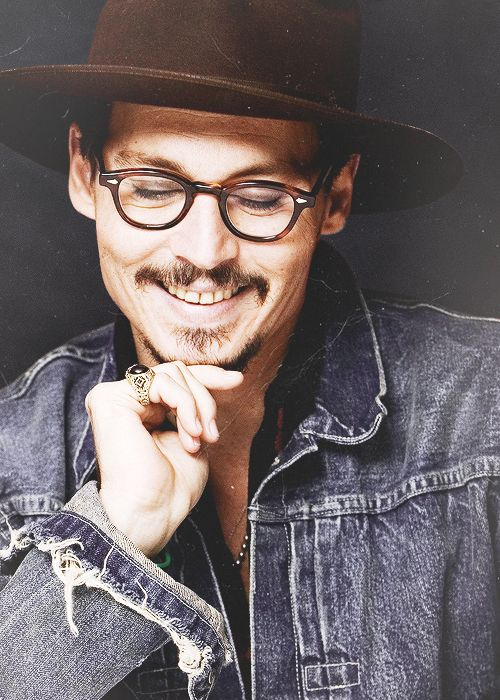 Johnny Depp Rare Smile He Doesnt Like To Show His Teeth