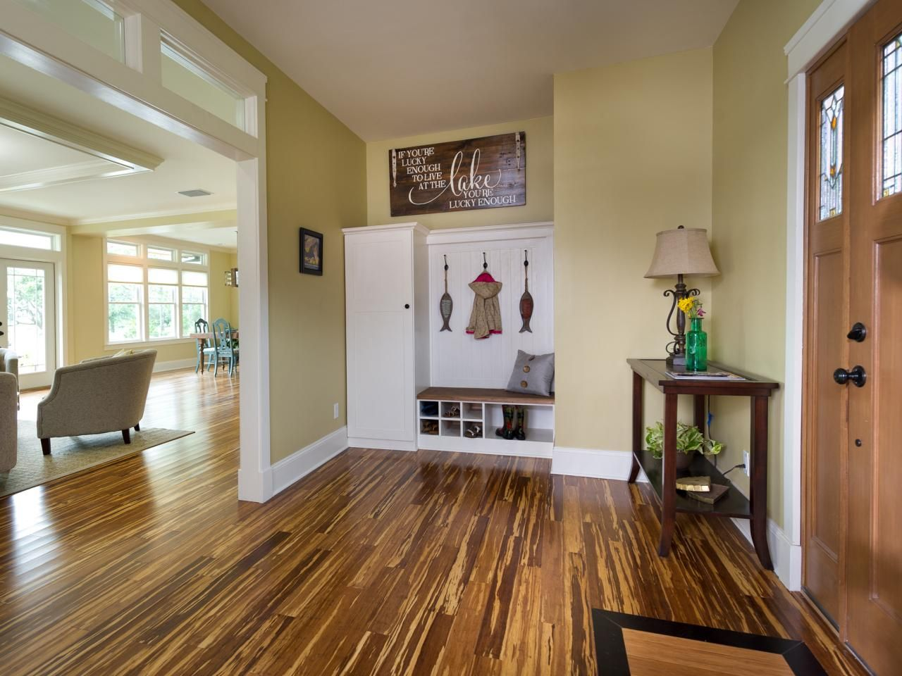 Foyer Pictures From Blog Cabin 2014  Foyers Diy Network And Cabin Pleasing Living Room Candidate Review