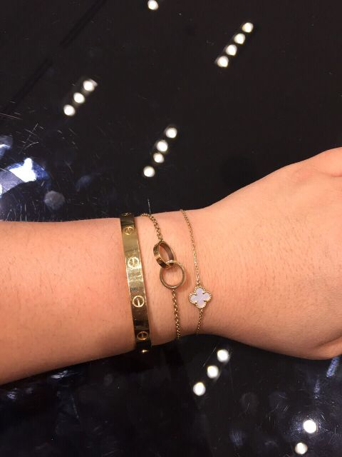 e0a46b6e5 Cartier and vca | Stacking like a Pro in 2019 | Cartier jewelry ...