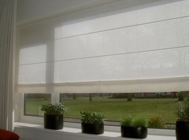 vouwgordijn met wit over-gordijn | Huis inrichting | Pinterest ...