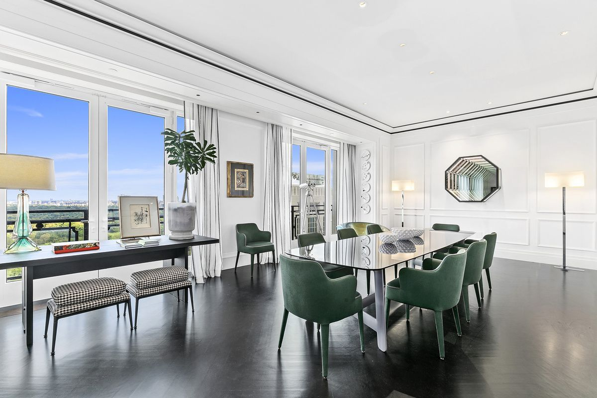 220 Central Park South 28a In Midtown Manhattan Streeteasy Bedroom With Ensuite Luxury Living Park South