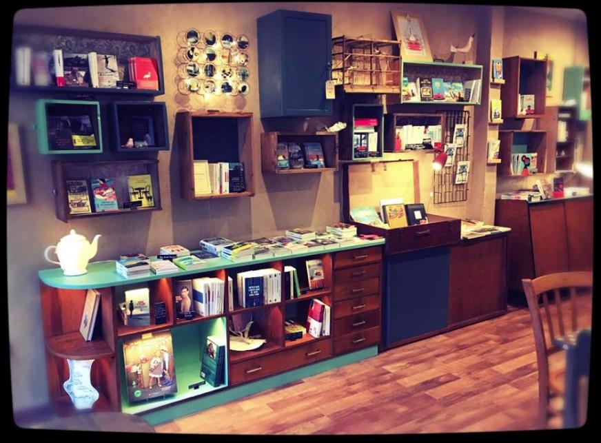 Projet Cafe Librairie La Libellule Mobilier De Salon Meuble Vintage Idees Pour La Maison