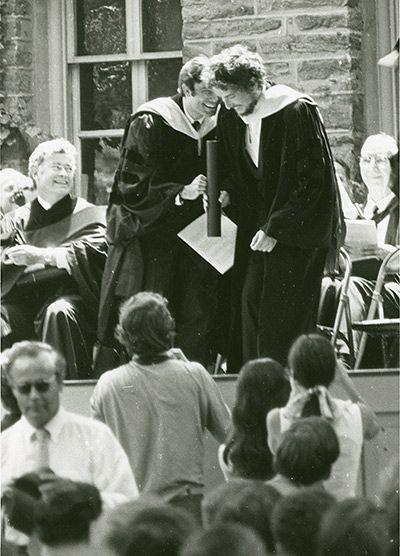 Bob Dylan, el Day of the Locuts(El día de las langostas) y los números primos.
