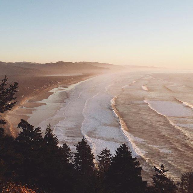 Instagram media by samuelelkins - Pink skies at the Oregon coast