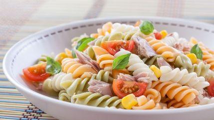 سلطة المعكرونة بالصوص Recipe Healthy Pasta Salad Recipes Vegan Salad Recipes Healthy Salad Recipes