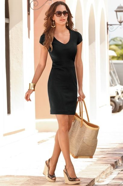 Perfect Little Black Dress Amp Beach Outfit Day To Night