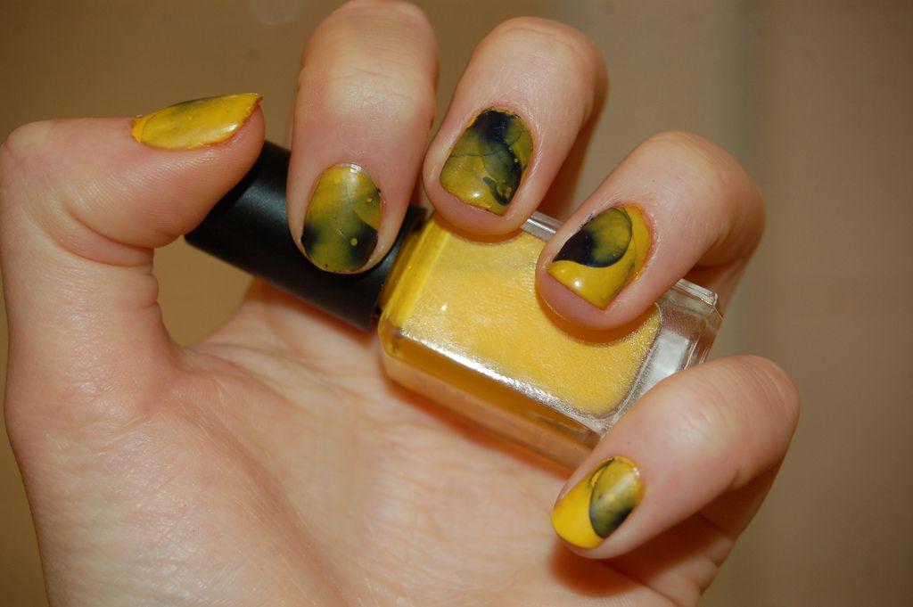 tie-dye nails tutorial