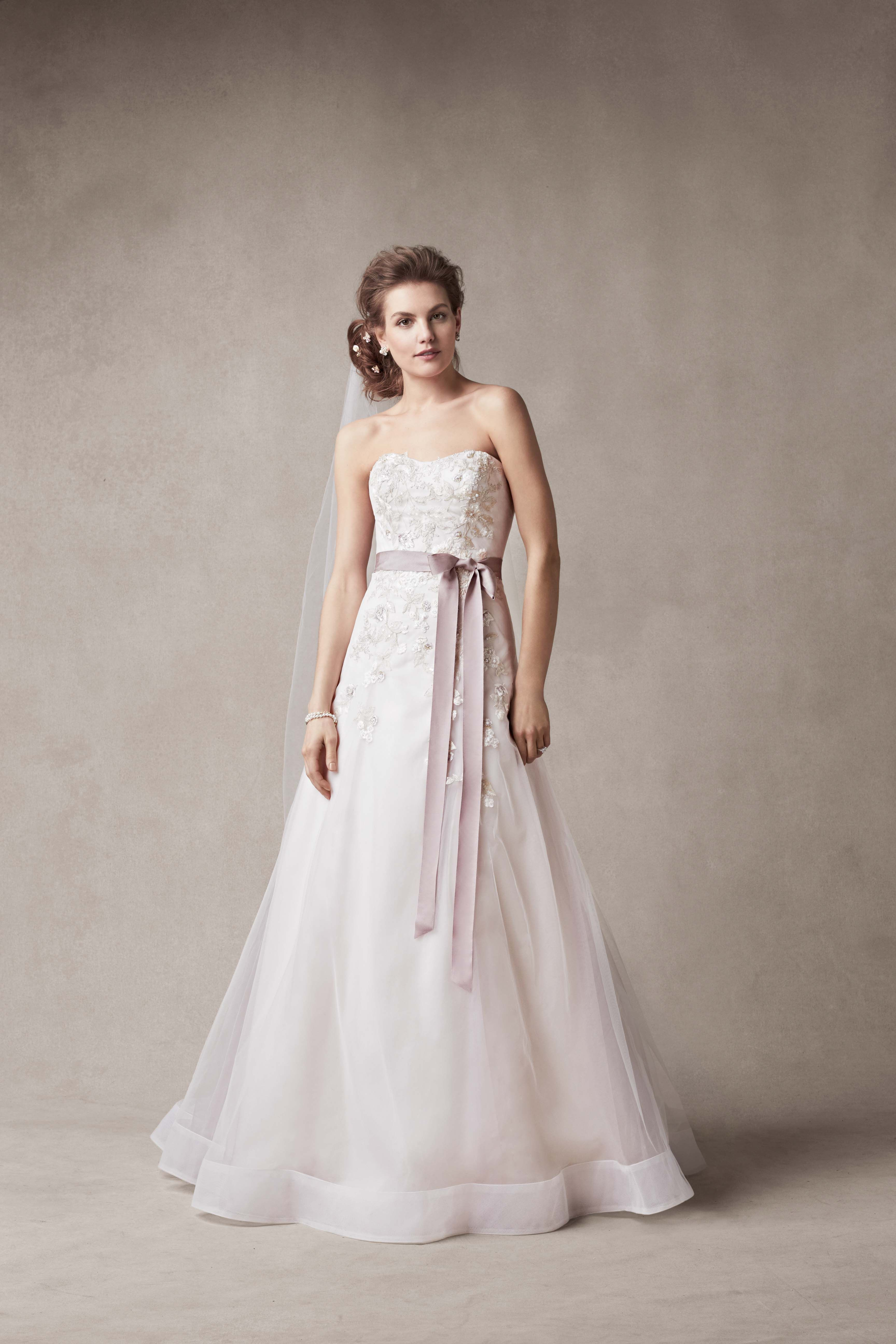 What's Hot in Bridal Fashion for Fall 2014