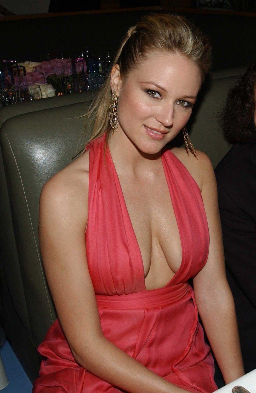 Jewel singer breasts
