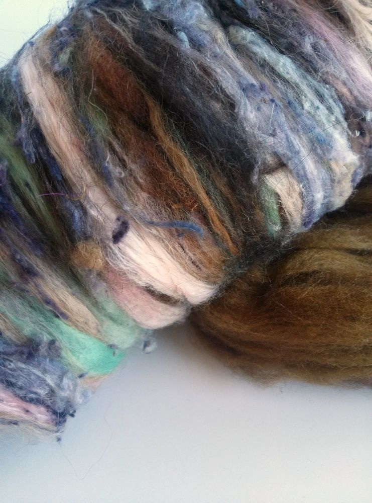 Smoothly textured batts from my Strauch 205.All bricobatts start with a lovely base of super squooshy soft dyed wool or alpaca top/roving and are topped off with bits of farm fleece and lightly textural elements.nO. 211 Contents:alpaca, BFL, BL x, corriedale x, finn, llama, merino, silk noils2.5 oz