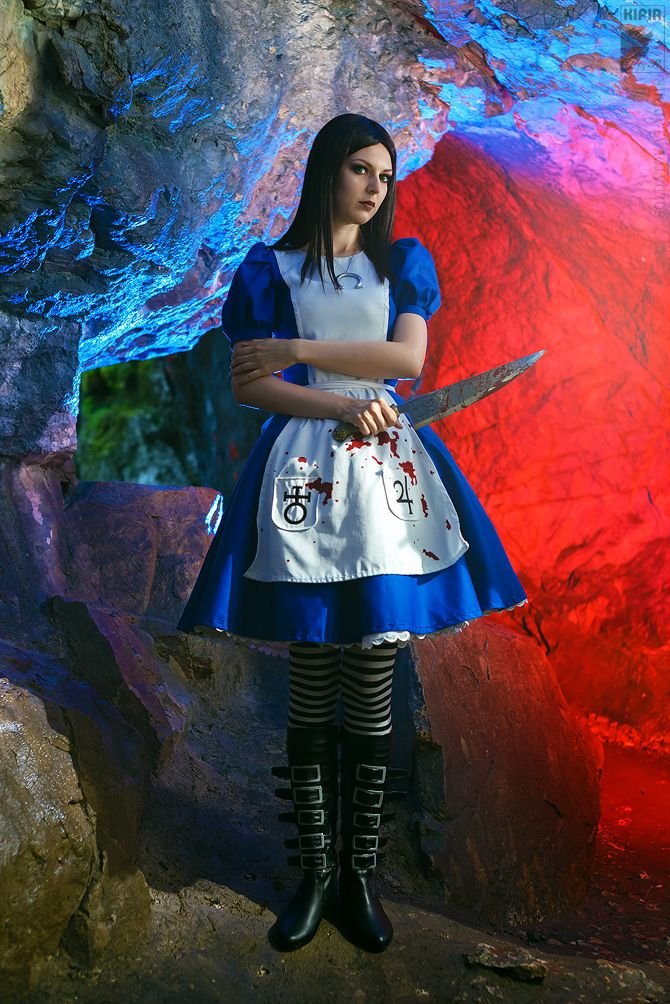 Alice liddel erotic poses