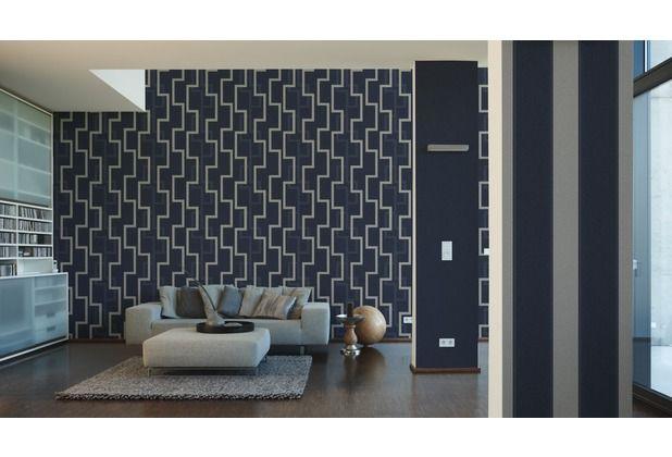 Eine dunkelblaue tapete wirkt sehr edel im wohn ess for Tapete schlafzimmer edel