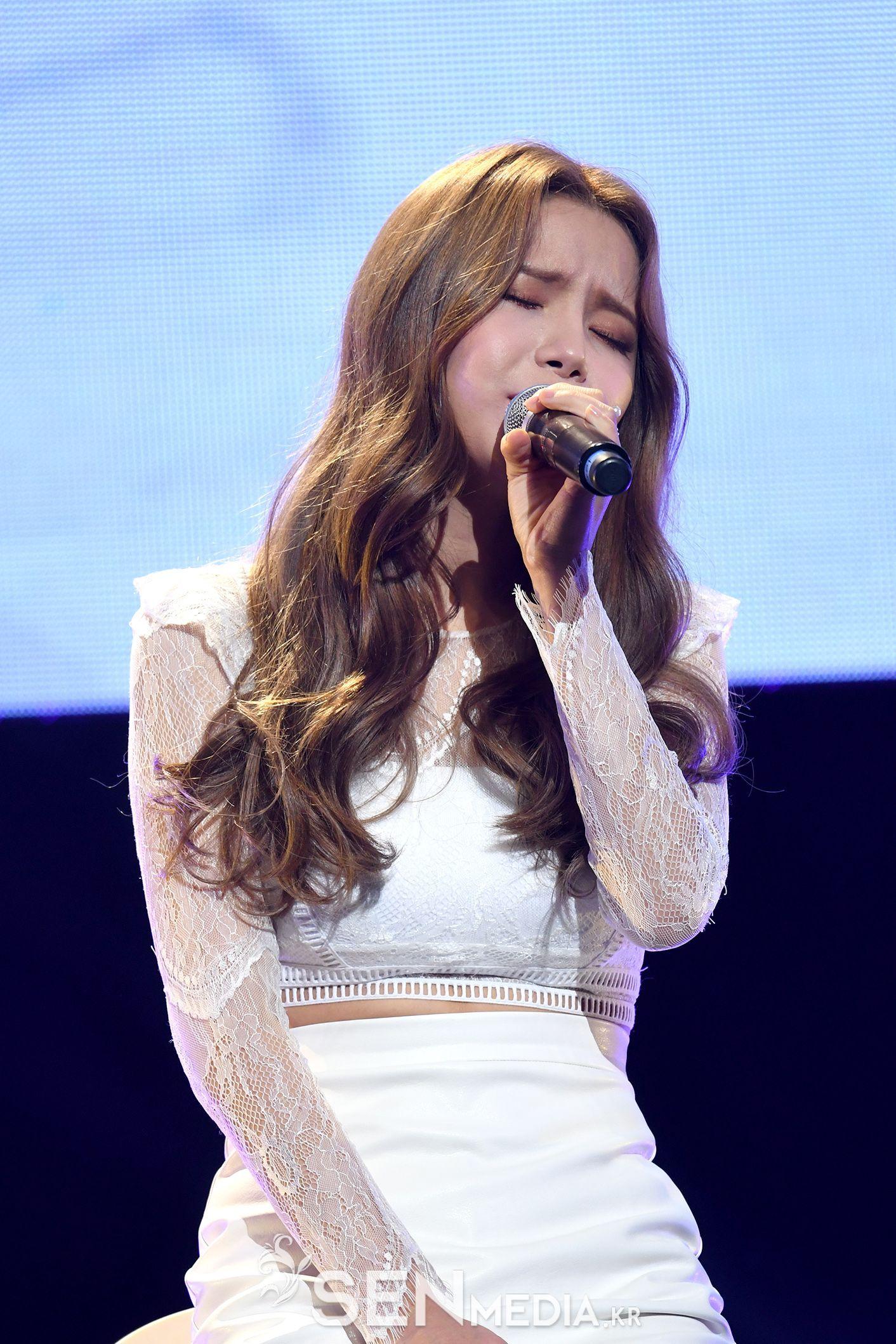 Korea Korean Kpop Idol Girl Band Group Mamamoo Solars Goddes Korean Hairstyles Band Girl God Korean Hairstyle Long Hair Styles Korean Hairstyle Long