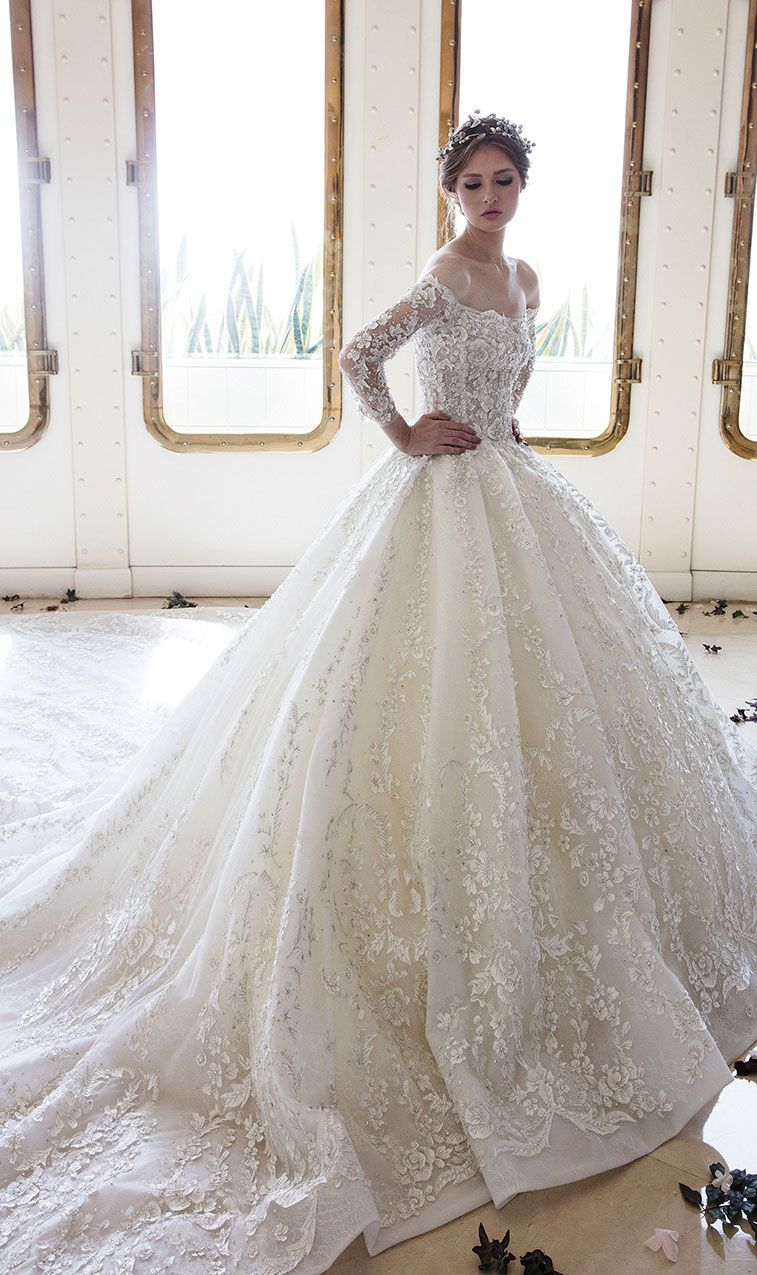 Elegant ball gown wedding dress Inspiration