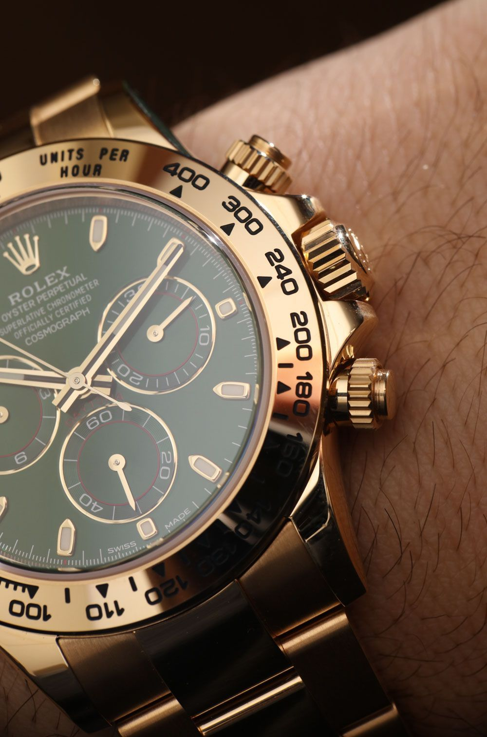 Rolex Cosmograph Daytona 116508 Green Dial 18k Yellow Gold Watch Hands-On fd65be757c