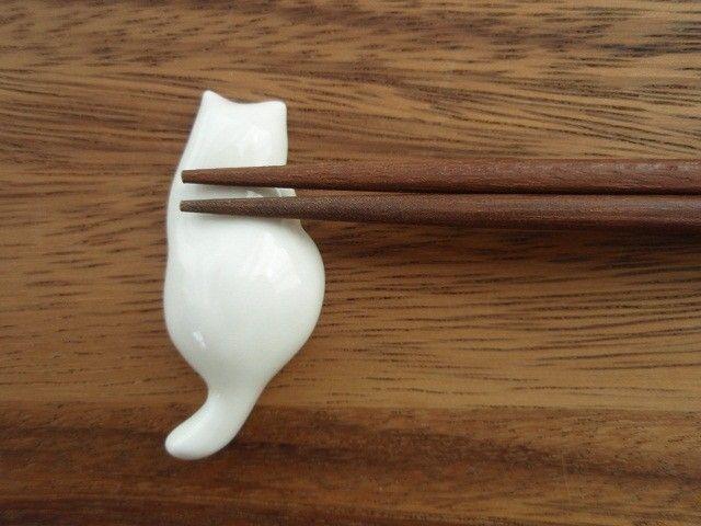 Cat shaped hashioki