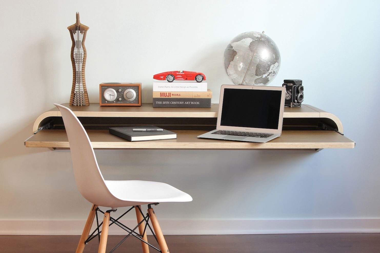 - Modern Computer Desk Designs That Bring Style Into Your Home