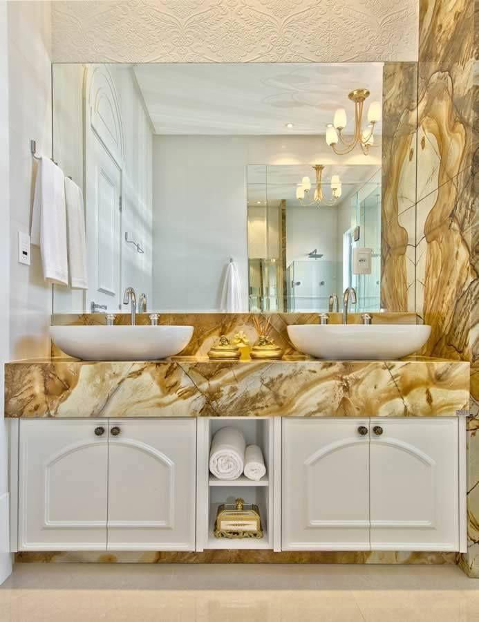 Banheiro Provençal Móveis Branco Tons De Dourado Chateau Blanc Awesome Bath Remodeling Exterior Design