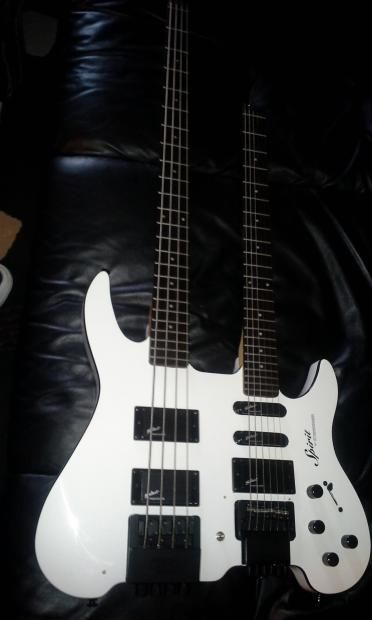 steinberger spirit double neck white bass on top 6 string on the bottom 3 small holes where. Black Bedroom Furniture Sets. Home Design Ideas