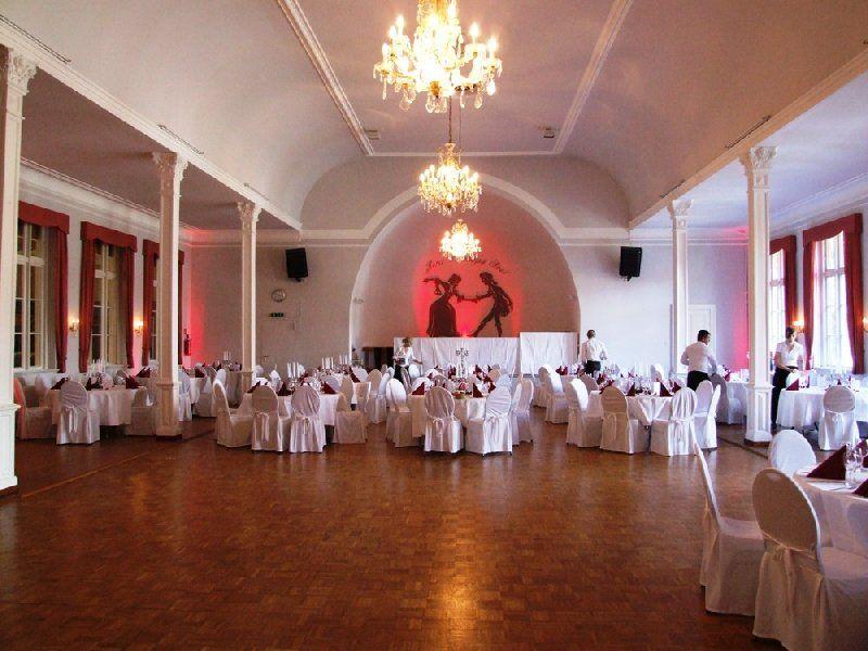 Der große Tanzsaal in Norderstedt | Party all in
