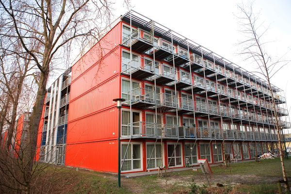 Pictures: Amsterdam\'s Lean, Green Shipping Container Homes | Ships ...