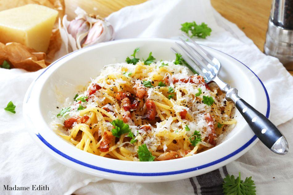 Spaghetti Carbonara Oryginalny Włoski Przepis Klasyka