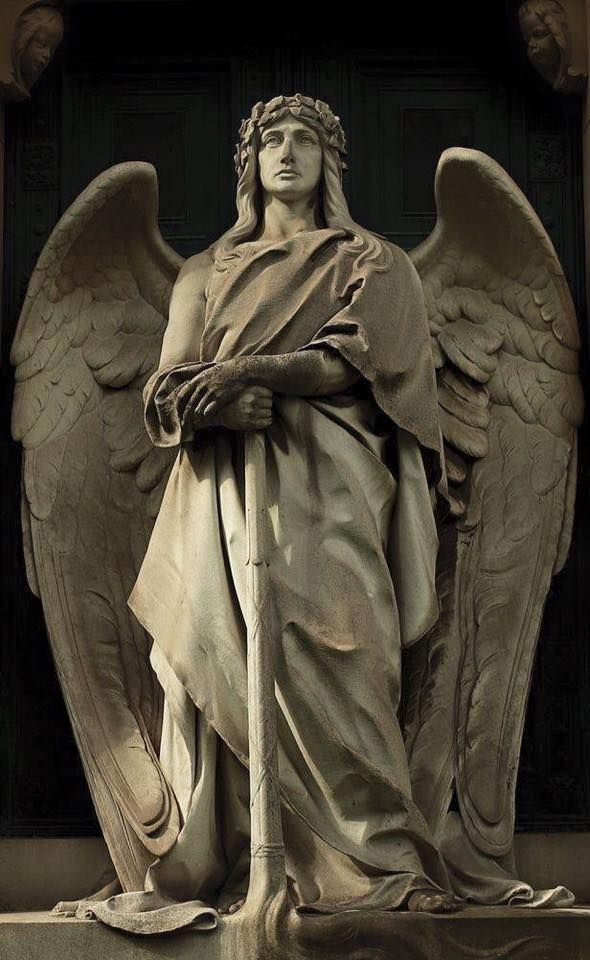 Pin By Suzannah On Statues Sculptures Angel Statues Angel Sculpture Angel Statues Sculpture
