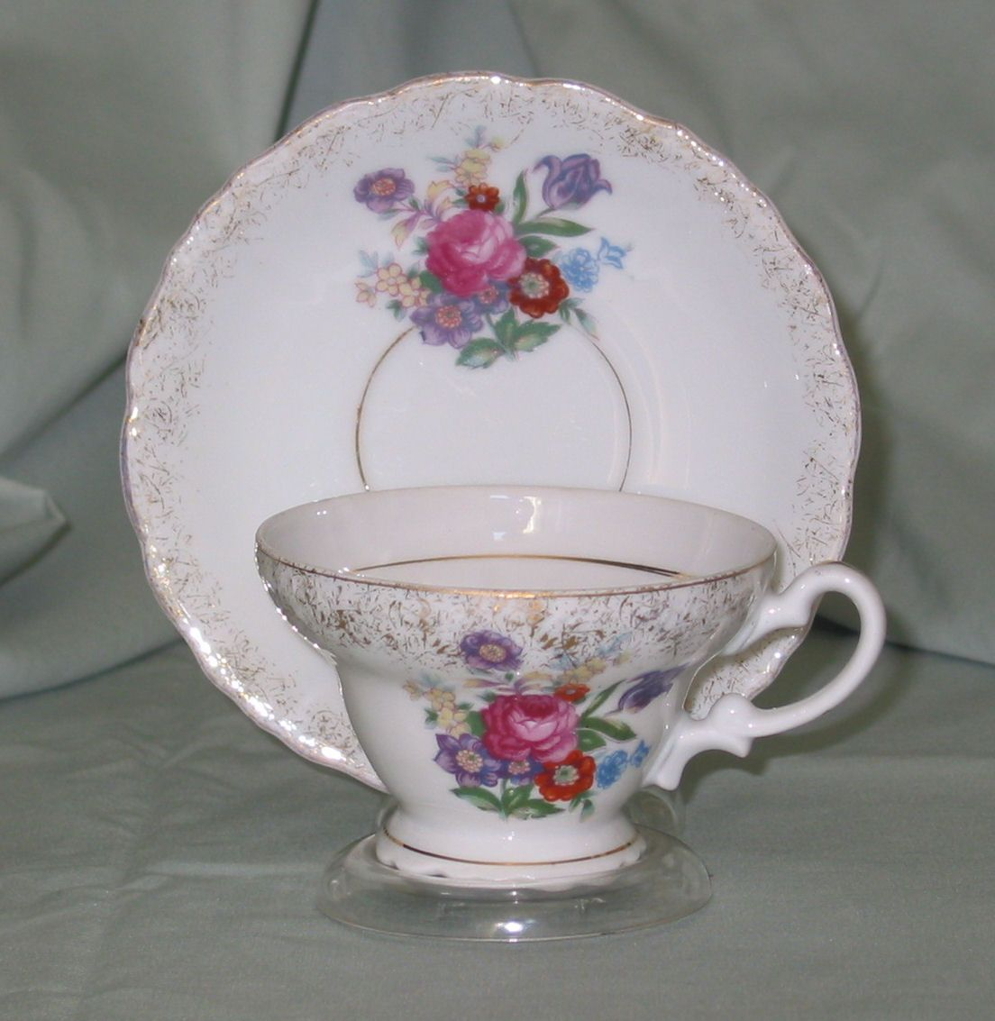 Bone China, Floral with Gold Trim, no marks, unknown maker