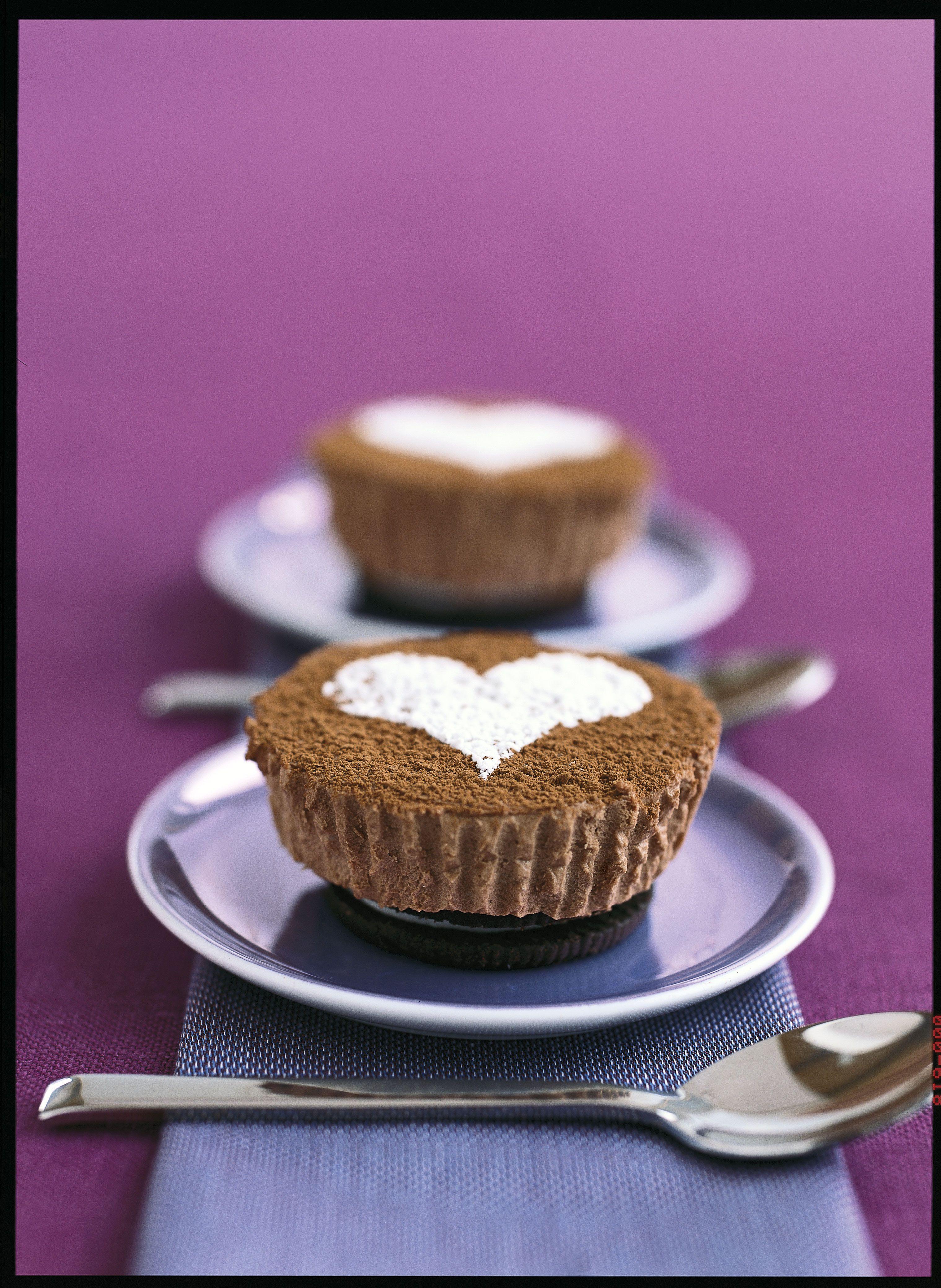 Philadelphia Chocolate Cheesecakes For Two Recipe Kraft Recipes Chocolate Cheesecake Desserts Cupcake Recipes