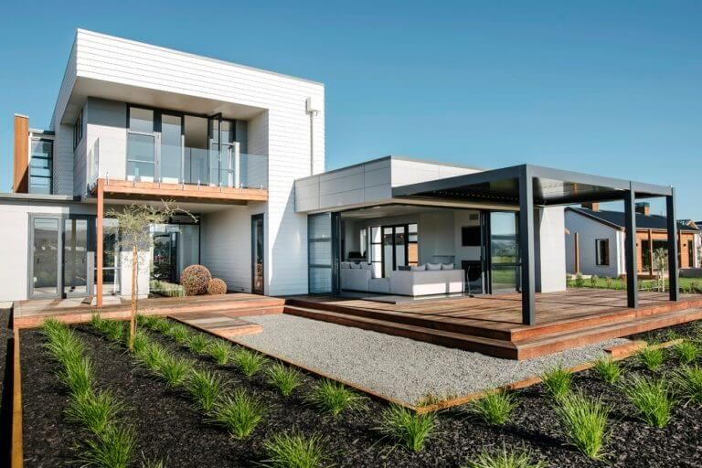 30 Amazing Building Roof Design Architecture Simple And Functional Design Fielderman Com One Storey House Simple House Plans Modern Bungalow House