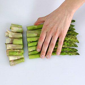 How To Trim Asparagus Asparagus Trimming Asparagus Preparing Asparagus