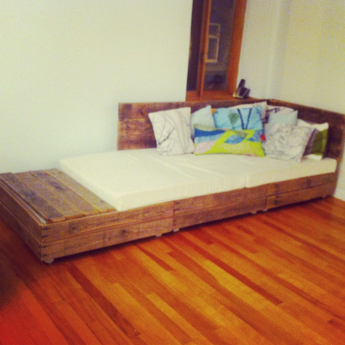 diy pallet couch sofa bed upcycled salvaged wood pallets