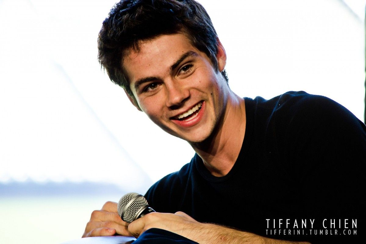 Dylan O Brien Wallpaper World S Greatest Art Site Dylan Obrian Dylan O Brain Dylan O Brien Cute
