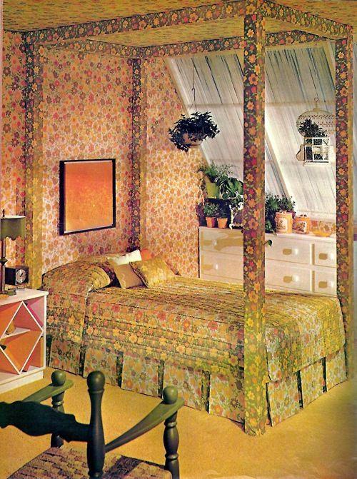 1970's Bedroom Rustic vintage decor, Retro home, Retro