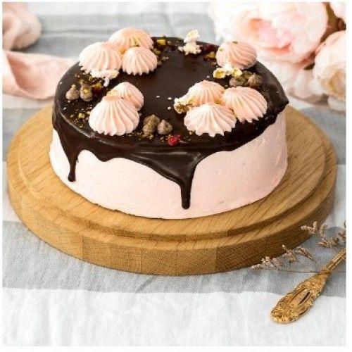Eggless Vegan Strawberry Chocolate Cake | Gluten free chocolate cake. Chocolate delivery. Cake