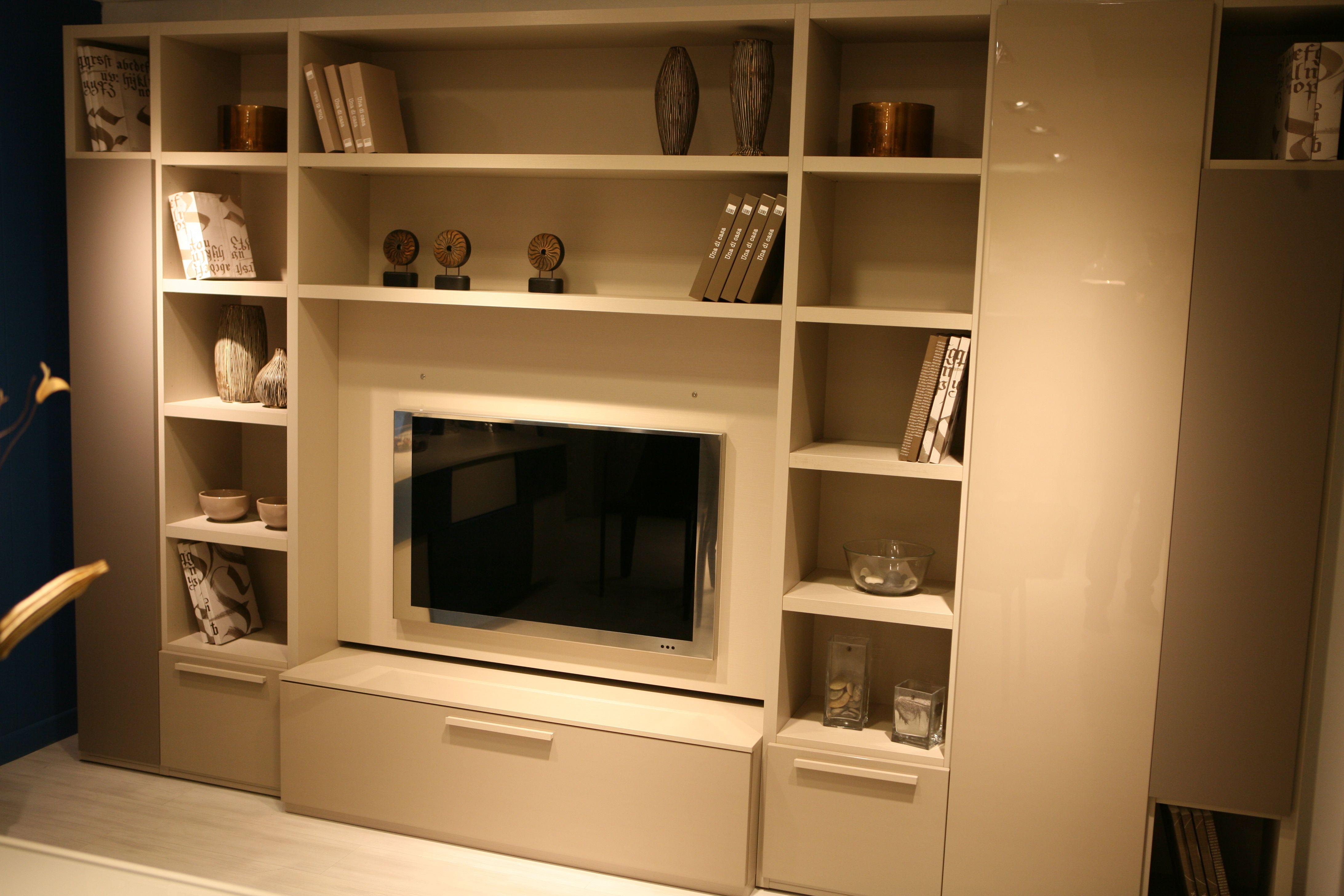 29 Idee Su Showroom Mb Arredamenti Arredamento Design Showroom