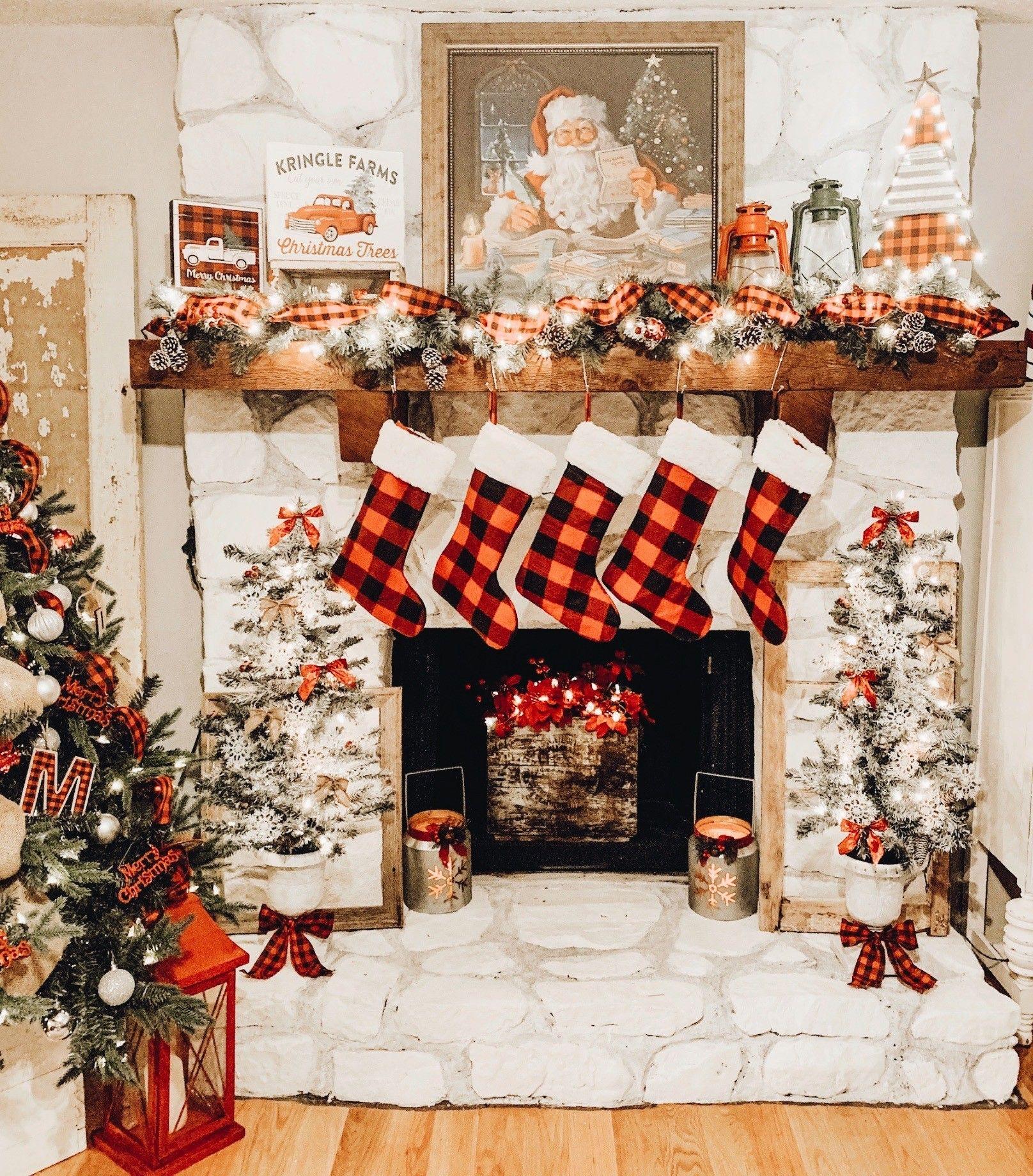 Christmas Mantle Inspo   Christmas fireplace, Christmas tree shop ...