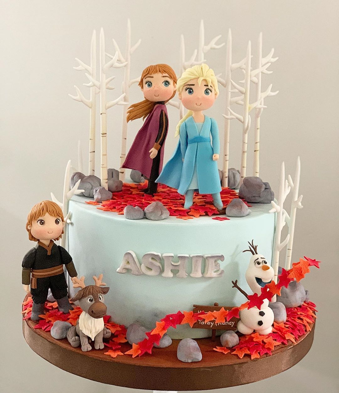Oc S Kitchen On Instagram Frozen 2 Cake Frozen2cake